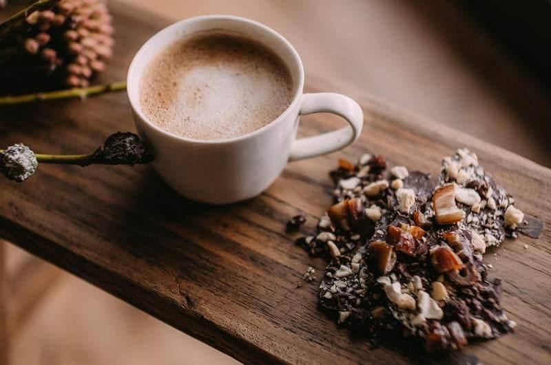 Broken chocolate – the best RAW chocolate recipe